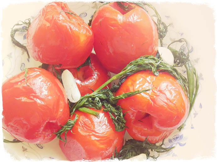 Малосольные помидоры